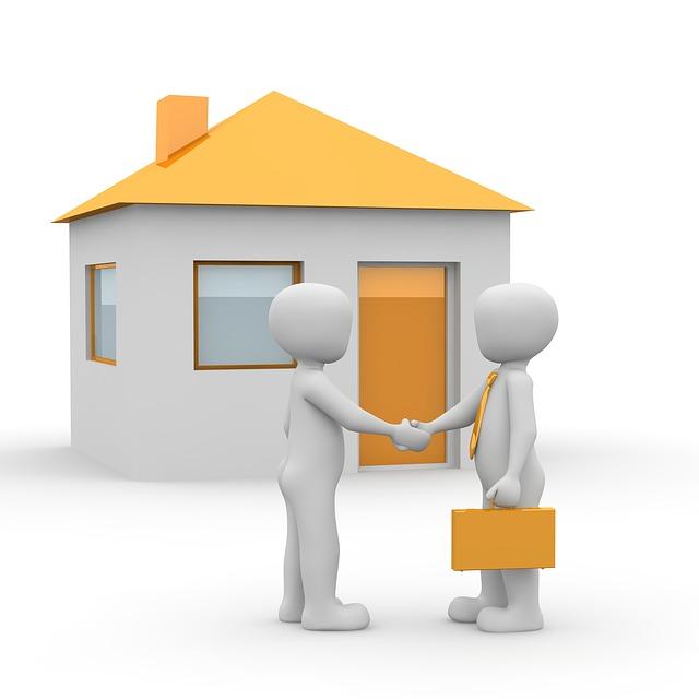 nákup domu s oranžovou střechou
