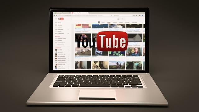 youtube na laptopu