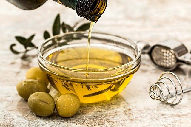 Olivový olej.jpg