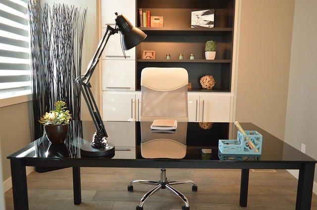 kancelář – místo k sebevzdělávání