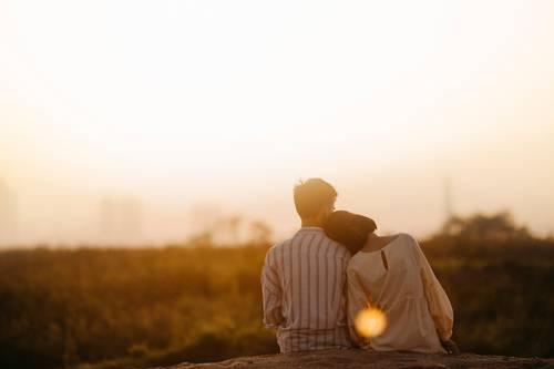 muž a žena venku
